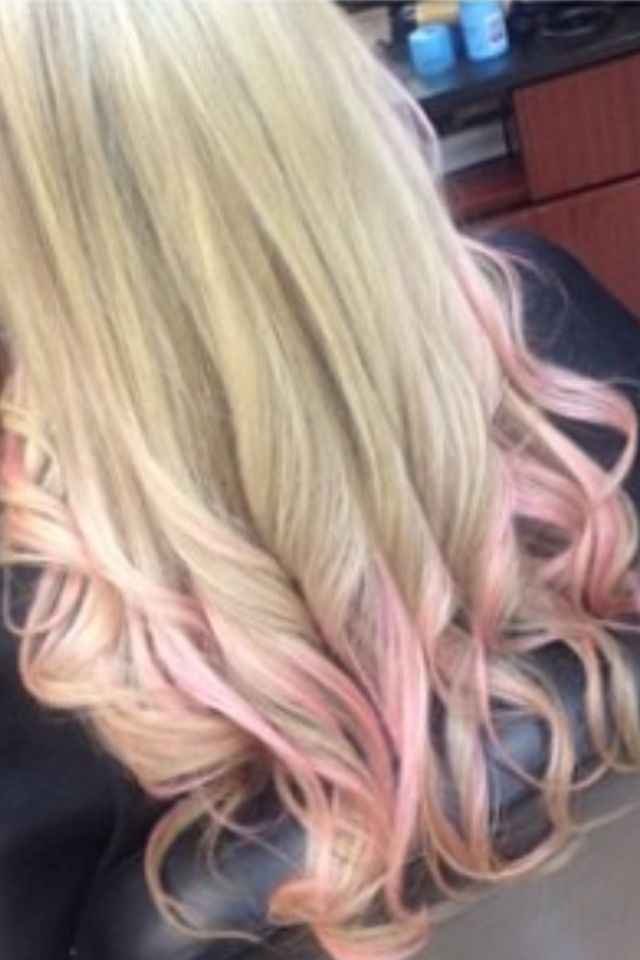 Blonde + pink highlights= awesomeness