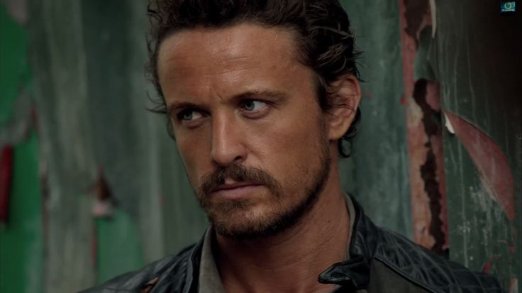 "Revolution Season 2, Episode 12, ""Captain Trips"" (screen cap). David Lyons as Sebastian Monroe #revolution #nbcrevolution #davidlyons"