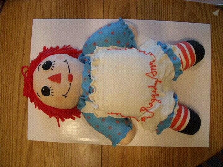 17 Best images about raggdy ann cakes on Pinterest ...