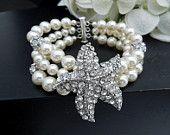 Bracelet de mariée, Bracelet de perles, perles Ivoire ou blancs, Bracelet strass étoile de mer, plage mariage, déclaration Bracelet, brassard nuptiale, Pearl, ARIEL