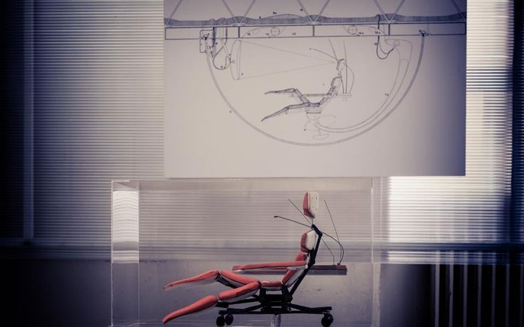 Εκθεση για την πόλη του μέλλοντος από τη Στέγη στη Διπλάρειο. Η κόρη του μεγάλου αρχιτέκτονα καταθέτει στην «Κ» σπάνιες μαρτυρίες από τη ζωή του αυτόχειρα οραματιστή.