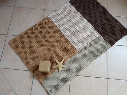 Zpagetti Rug 3 by claudia_strickt, via Flickr