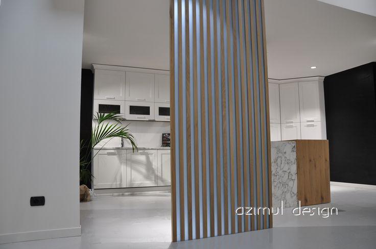 parete in legno e resina della serie mood, essenze di legno abbinate a resina satinata che trasmette in modo uniforme la luce. disponibile con resine trasparente o colorata. #azimutresine #azimutdesign
