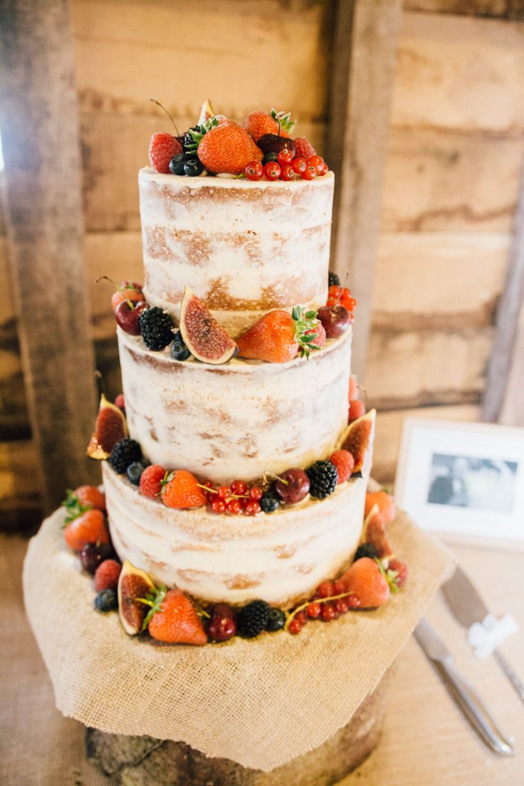 Naked Cake Sponge Layer Fruit Log Hessian Burlap Home Made Rustic Barn Wedding http://www.sarahfleetphotography.com/
