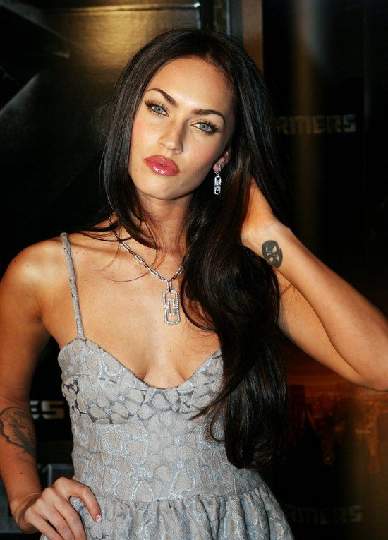 Megan Fox: Foxes Girls Crushes, Beauty Women, Beauty Faces, Makeup Celebrity Styles, Beauty People, Eyebrows Tho, Hairs Color, Megan Foxes Girls, Megan Foxes Hairstyles