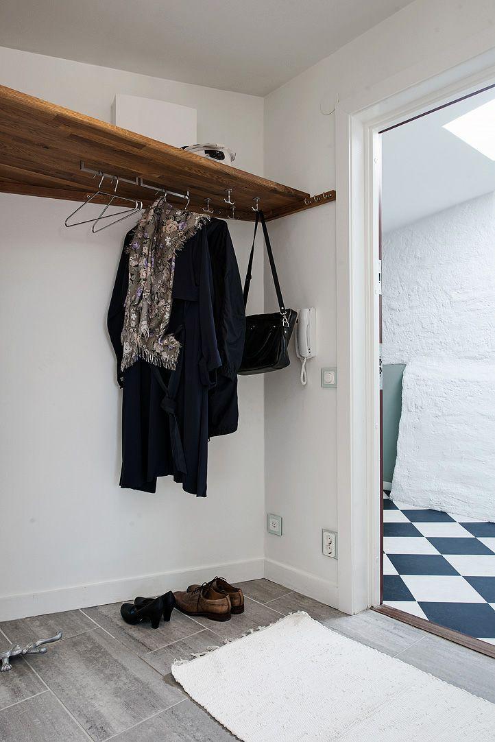 Upphängning i hallen, snyggt & praktiskt