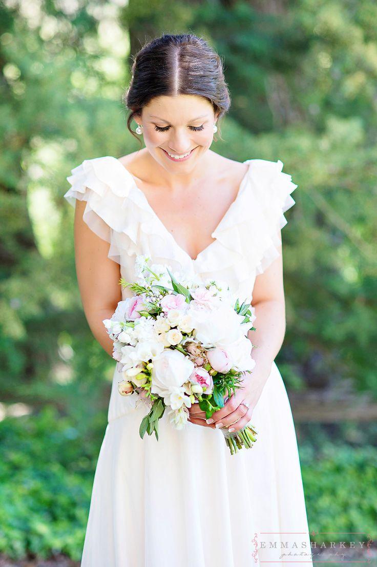 Emma Sharkey Adelaide Wedding Photographer - gorgeous dress