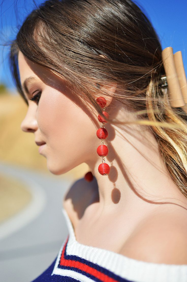 Red Earrings / Orange Bag on Shiny Honey by Tamara Bellis Fashion and Lifestyle Blogger