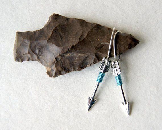 Ohrhänger - Silberpfeil-Ohrringe Türkis Draht umwickelt - ein Designerstück von MadamebutterflyMeagan bei DaWanda