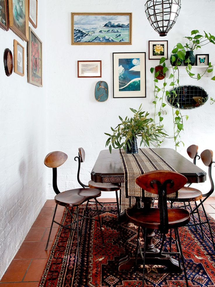 The Perth home of Jeff Swinyard & Kimberley Tan of Studio Atelier. Above, living room. Photo –  Jody D'Arcy. Styling – Jo Carmichael.