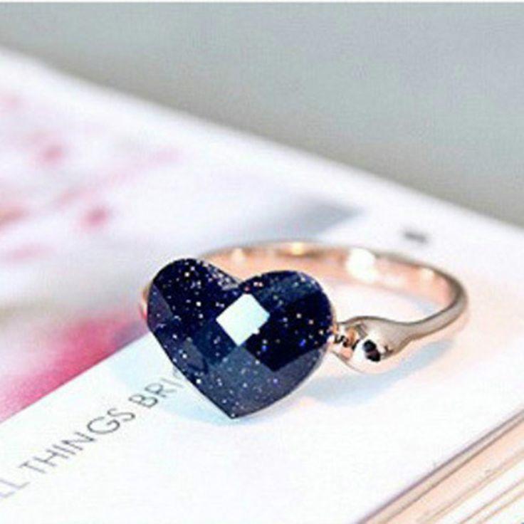 Купить товарПростой мода элегантный позолоченный черные камни в форме сердца кольца для женщин свадебные в категории Кольцана AliExpress. 3 Pcs/Set Punk Style Hollow Alloy Midi Knuckle Open Rings For Women Girl Cool Adjustable Anillos Crystal JewelryUSD 0.73