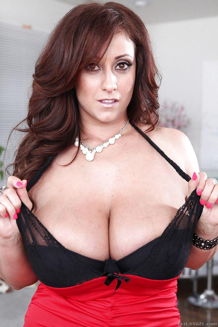 Big breasts cougar eva jerking a big penis 2