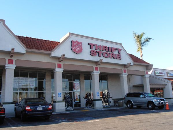 The salvation army family store in long beach located at 1334