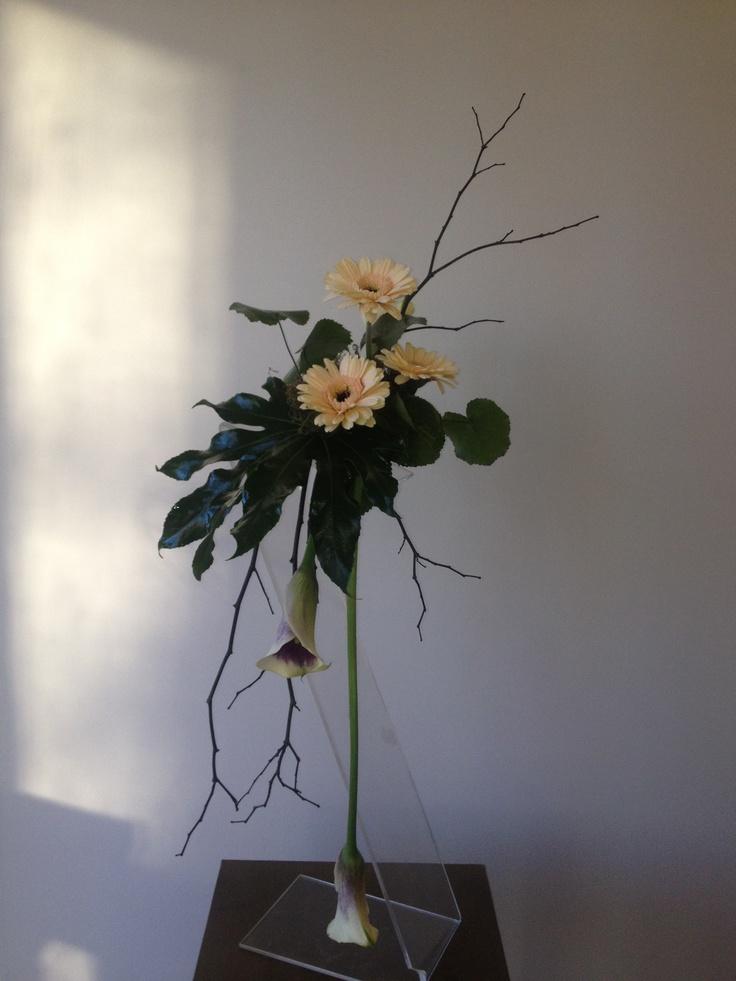 Form Linear bouquet
