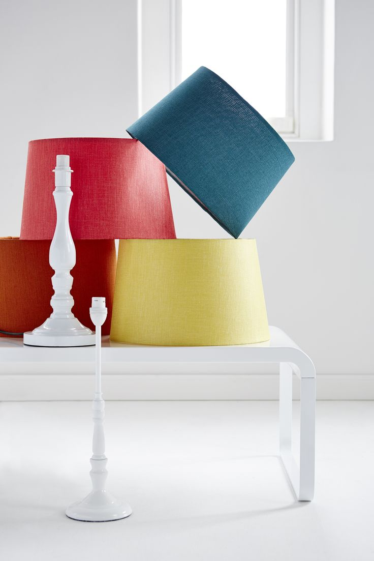 Modern takes on traditional in natural textures and bright flashes. This is vintage reinterpreted with contemporary cool; geometric prints and colours that pop. Mix, match and play with different shades, shapes and materials to create that feel of summer in the air, dipped in full, vivid colour