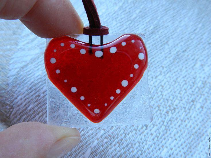 Купить Подвеска сердце - ярко-красный, стекло для фьюзинга, стекло, фьюзинг украшения, Фьюзинг, подвеска