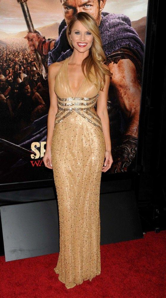 Ellen Hollman in gold dress-20