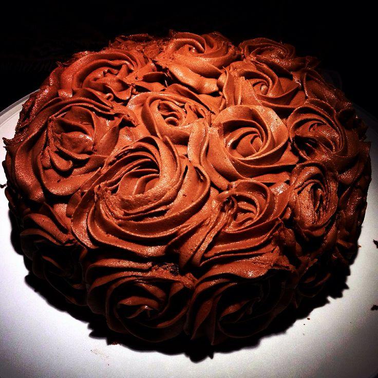 LE gâteau au CHOCOLAT!