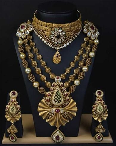 Antique jewellery designs