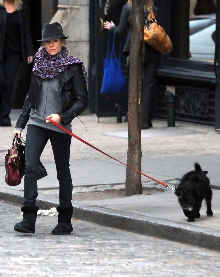 Sienna Miller - Sienna Miller Out Walking Her Dog In New York