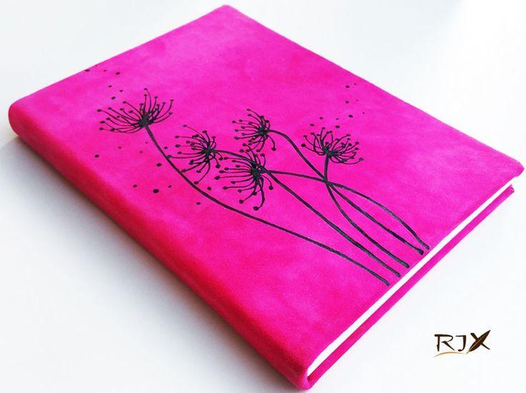 """Jurnal """"Flori de camp"""" - jurnal cu coperte tari imbracate in piele si pictate"""