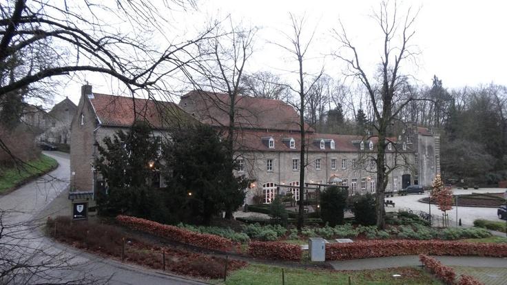 Kasteel Elsloo, aan de voet van de Maasberg