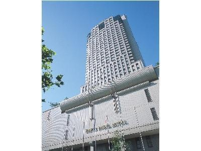 Hiroshima hotel, b/w peace park and castle