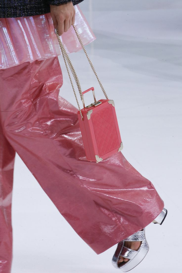 Chanel Spring 2016 Ready-to-Wear Accessories
