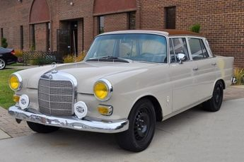 1967 Mercedes Benz 230 Heckflosse Fintail Rally Car For Sale Front