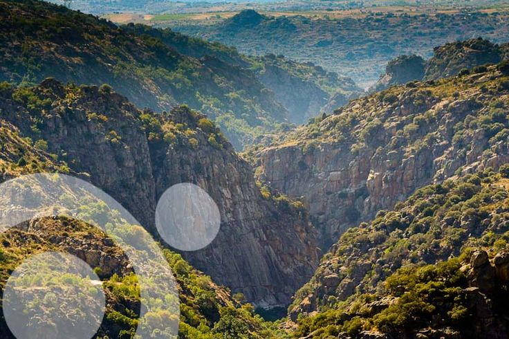 River Tormes canyon. All the information to plan your trip to #Arribes_del_Duero in www.qnatur.com