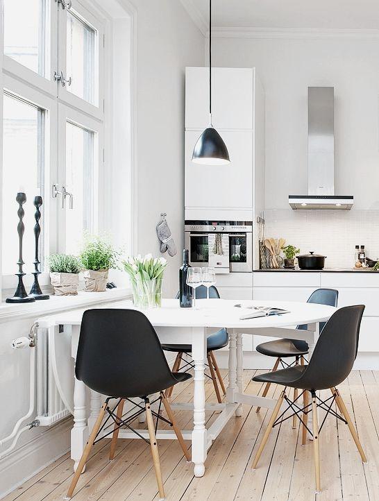 Sillas Eames Plastic Side Chair DSW | Vitra | Disponible en Manuel Lucas Mubles, Elche