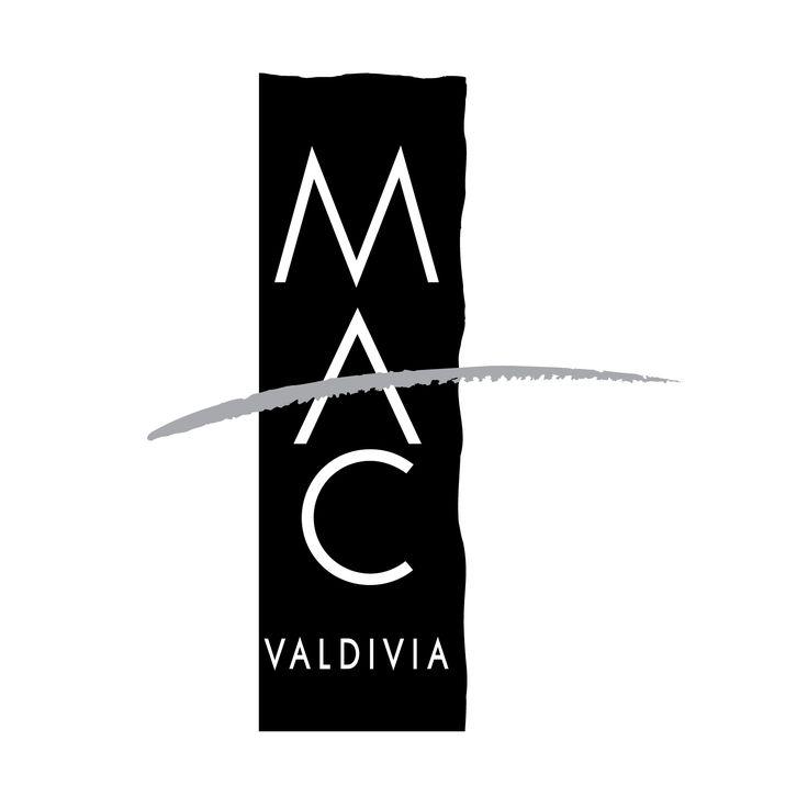 MAC VALDIVIA / Diseñadores: Vicente Larrea - Luis Albornoz / Oficina: Larrea Diseñadores / Año: 1985