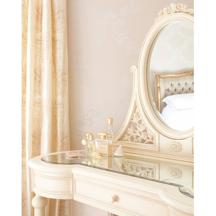 Parisian Cream Dressing Table Via The French Bedroom