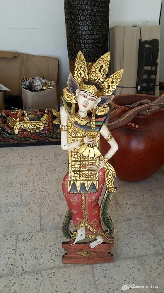 Statua in legno