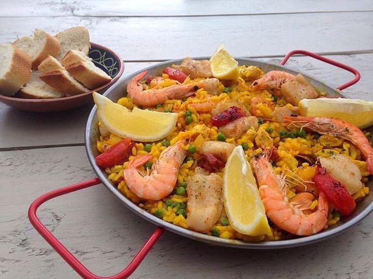 """Een yu'i Korsou met Spaanse roots – dat móet wel een culinair feestje worden! En inderdaad… Caroline Julián Labraña heeft van haar passie haar werk gemaakt in de vorm van """"Bona Tapa Nederland"""". Yu'i Korsou met Spaanse roots De 42-jarige Caroline is geboren en getogen op Curaçao. Haar hele jeugd woonde ze op het eiland, …"""