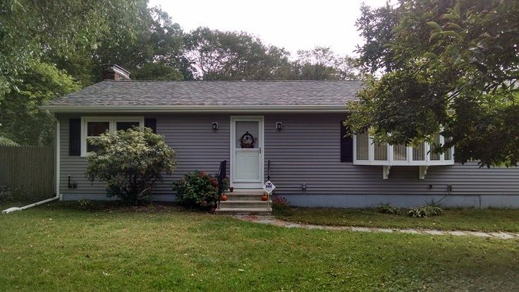 195 best images about vinyl siding southeastern ma rhode for Ranch homes with vinyl siding