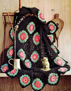 This pretty Black Afghan With Roses is a welcome blast from the past. A lovely free #crochet afghan pattern, this can be made up in colors to match your home and will complete any room.
