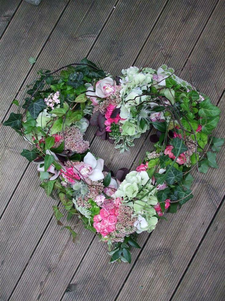Funeral Flowers Leighton Buzzard Gingerlily Flowers Florist