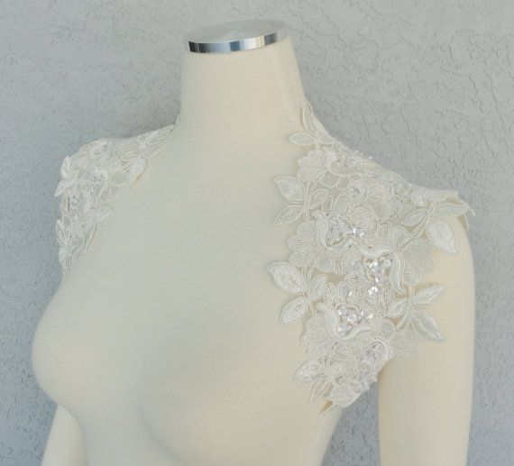 Hey, I found this really awesome Etsy listing at https://www.etsy.com/listing/178103777/beautiful-wedding-bridal-ivory-beaded