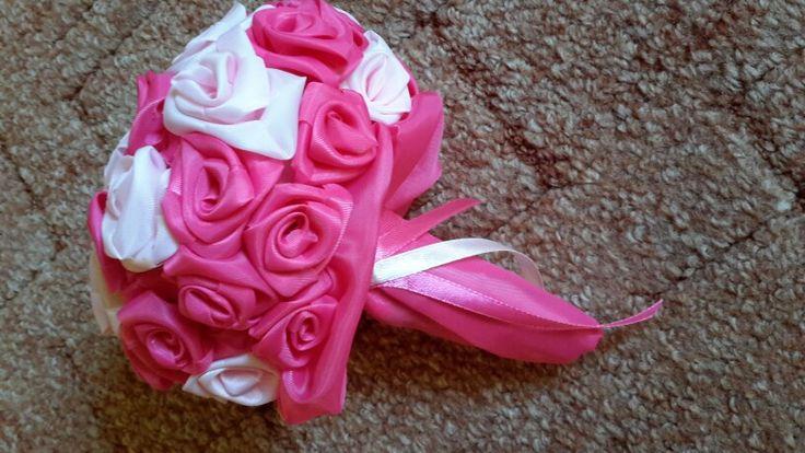 Rózsaszín