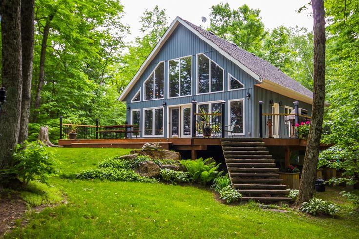 SOLD! Gorgeous Cottage For Kashwakamak!