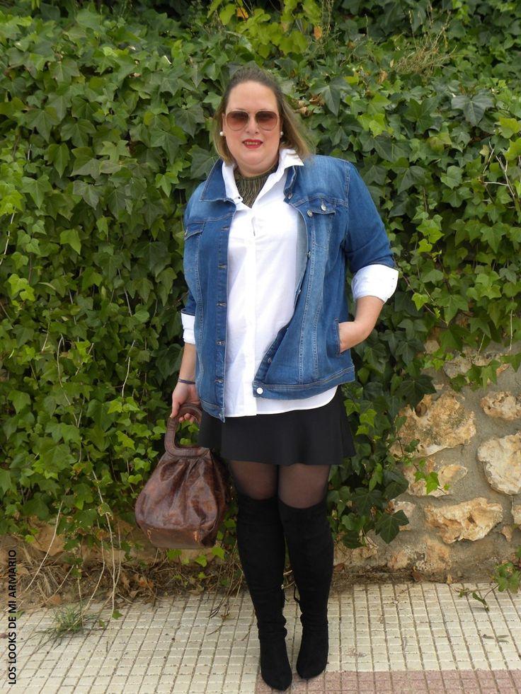 Look OVER KNEE BOOTS & DENIM JACKET. LOS LOOKS DE MI ARMARIO. #loslooksdemiarmario #winter #primark #outfitcurvy #invierno #look #lookcasual #lookschic #tallagrande #curvy #plussize #curve #fashion #blogger #madrid #bloggercurvy #personalshopper #curvygirl #lookinvierno #lady #chic #looklady  #camisablanca #faldaneopreno #minifalda #zara #botasmosqueteras #look #outfit #lookbotasaltas #jacketdenim #overkneeboots #botasnegras #chaquetavaquera #festa @festa #chaquetatejana
