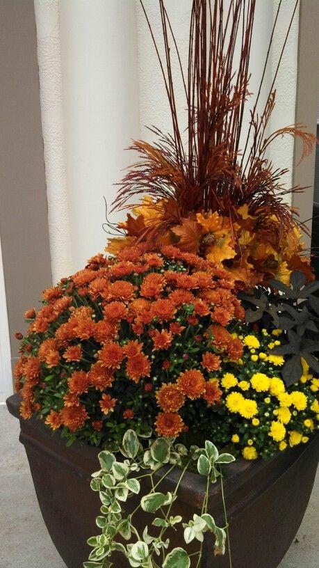 Fall flower pot.