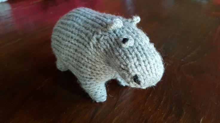 From knitted mini safari by Sachiyo Ishii