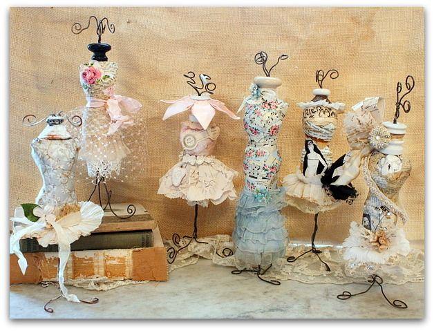 Mini Dress Form Tutorial  http://karlascottage.typepad.com/mini_dress_form_workshop/