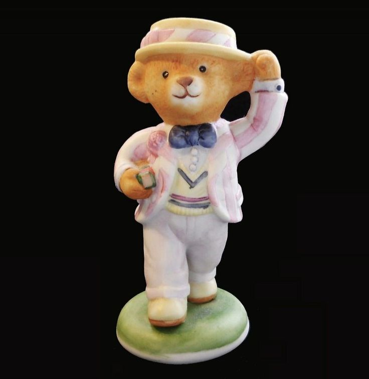 Lord Margate Hotel Teddington Porcelain Bear Carol Lawson 1986