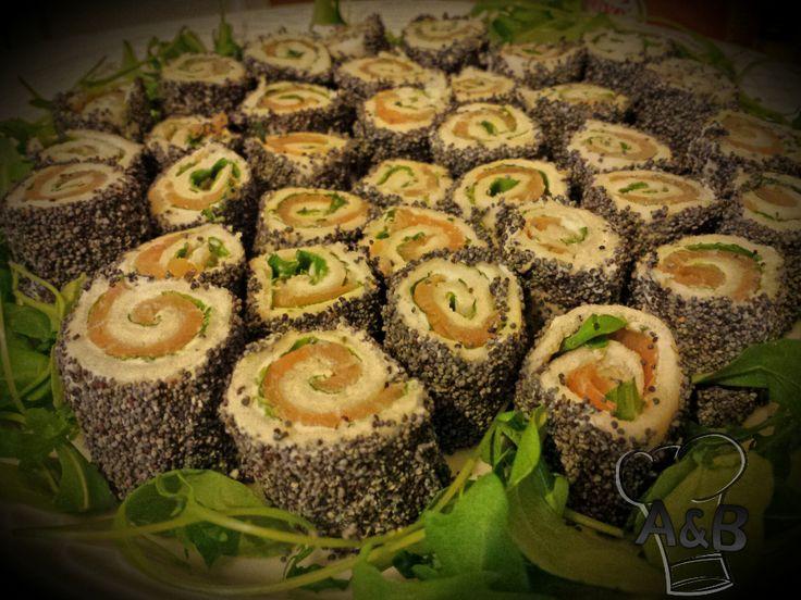 Questa è un'idea molto spiritosa, un modo tutto nuovo di reinterpretare il classico sushi giapponese, Sorprendete i vostri amici con il sushi all'italiana