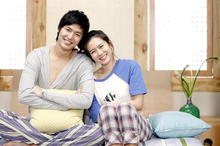 8 couples we want to see paired up again on-screen:: My Personal Preference: Son Ye Jin and Lee Min Ho