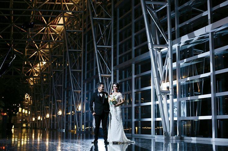 Cantik dalam balutan gaun simpel elegan from Album Senandung Cinta Nessi