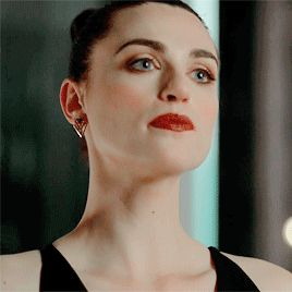 Welcome to Fy Katie McGrath: a blog dedicated to the clever & beautiful Irish actress Katie McGrath,...